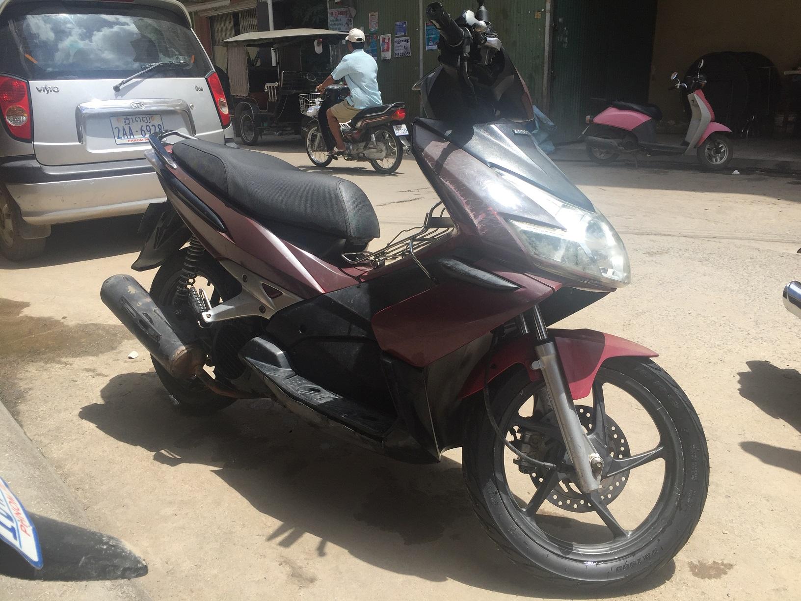 出售二手hongda 摩托车,证件齐全,仅需500