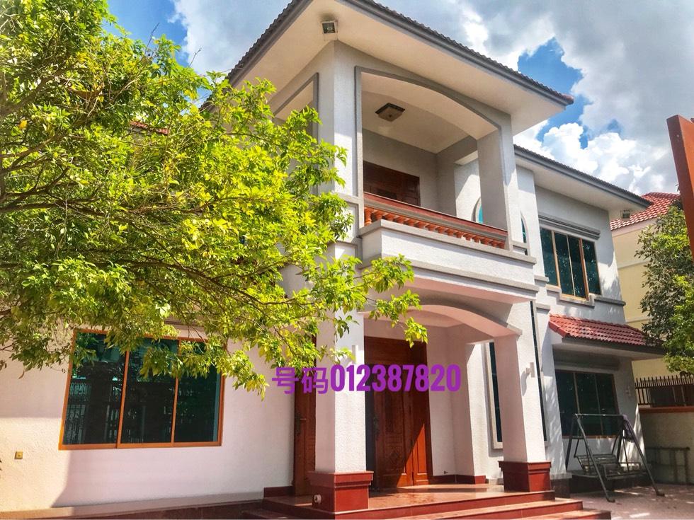 新款别墅出租在Chrouy Chong Va河流靠近日本桥