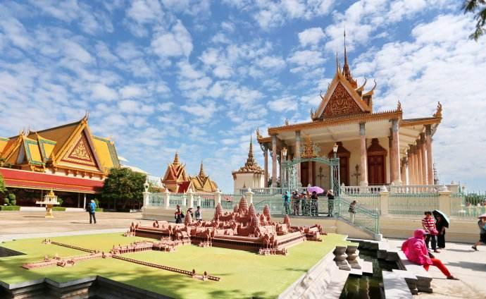 大家好我是柬埔寨,这是我的简历