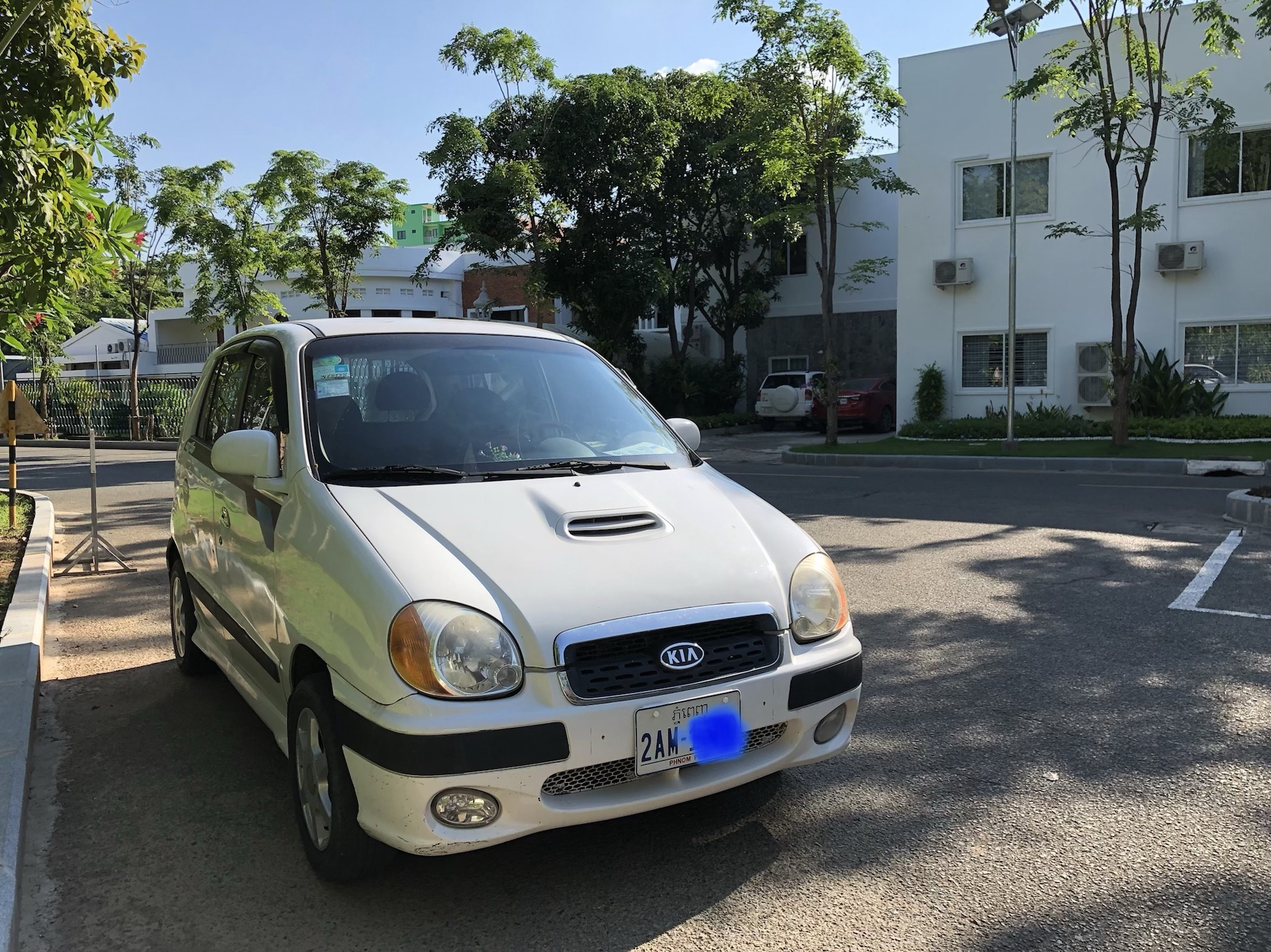 出售自用白色起亚visto2001 带turbo 车况佳