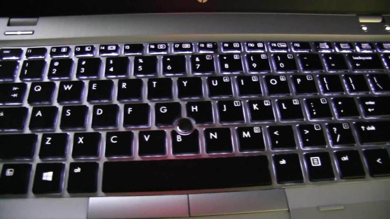 轻薄商务笔记本电脑,有背光键盘