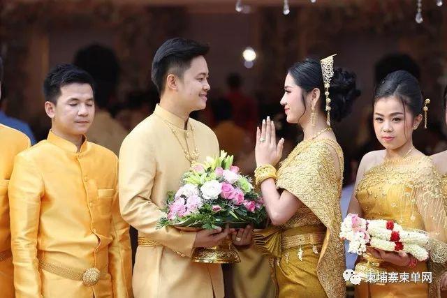 """揭秘!柬埔寨奇特传统婚礼,男方要""""嫁""""到女方家"""
