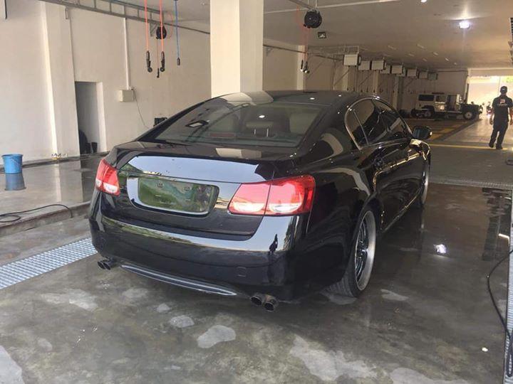丰田06年款GS300出售        售价:18000美元