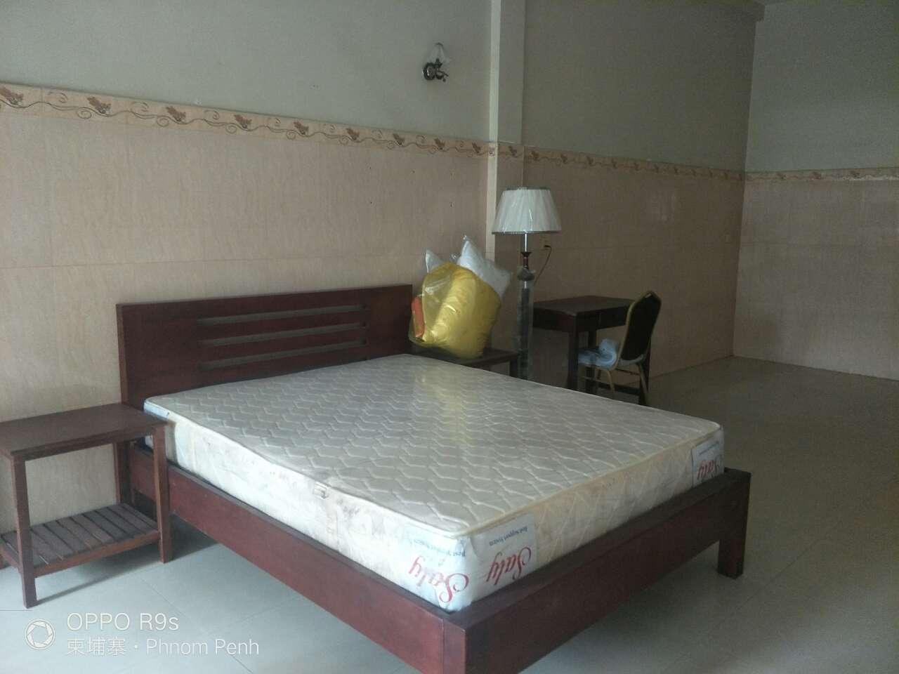 金宝城旁有屋租     金宝城旁有单间和两房一厅出租
