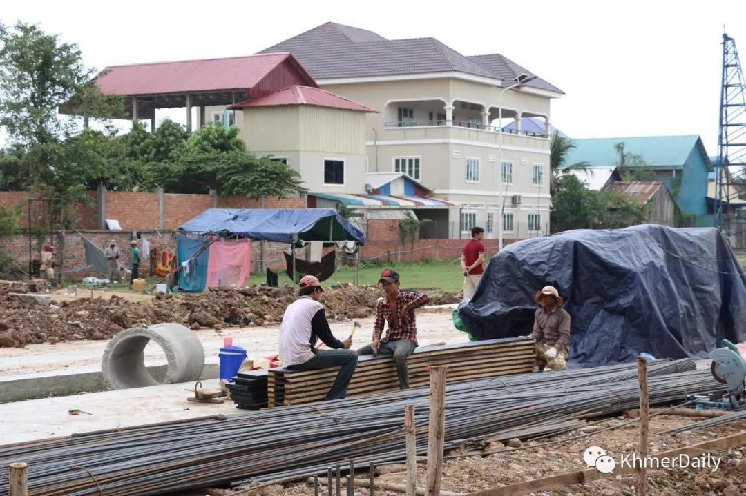 小型工程建设执照下放至县市级政府审批