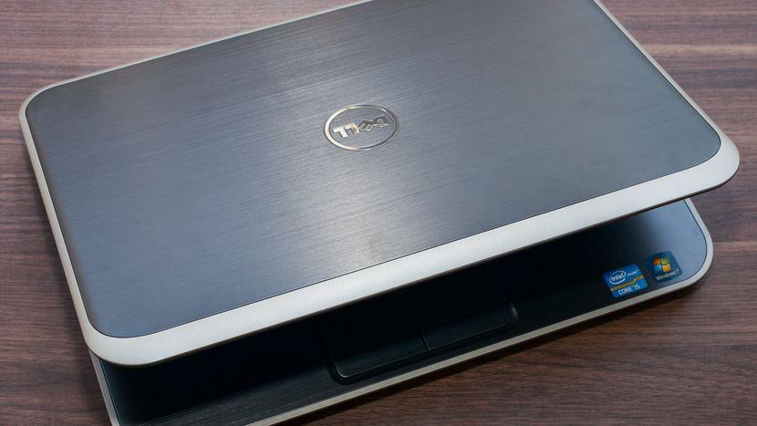 轻薄笔记本电脑