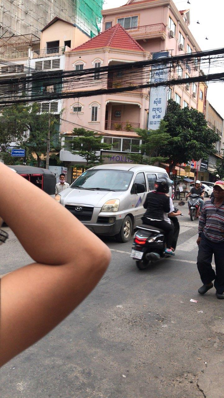 招柬埔寨女工人一名,