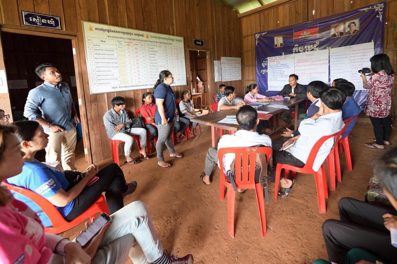 约定俗成断送一生幸福 柬埔寨「儿童新娘」呼唤人权