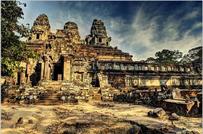 柬埔寨 周英军:我在吴哥遗址修文物